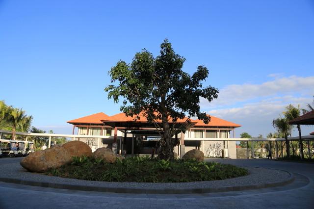 similar to Banyan Tree Phuket