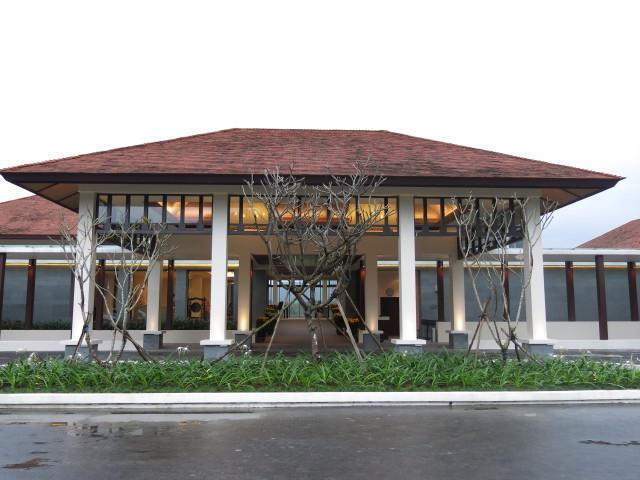 Laguna Lang Co Golf Club main entry