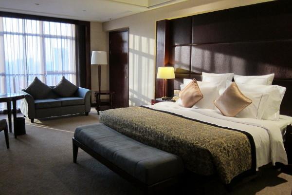 Howard Johnson Plaza Ningbo 寧波華僑豪生大酒店