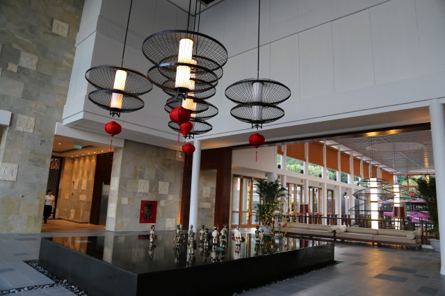 lobby of Angsana Lang Co