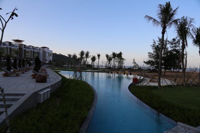 pool of Angsana Lang Co
